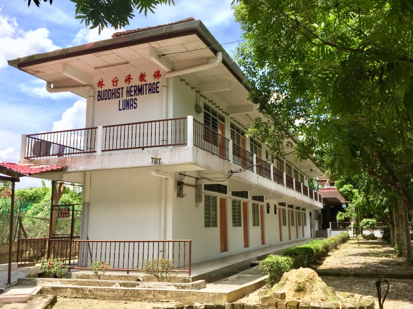 2017 Buddhist Hermitage Lunas 010