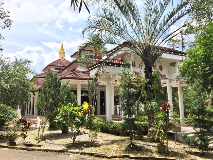 2017 Buddhist Hermitage Lunas 014